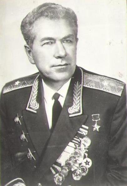 Андреев Николай Радионович (1921-2000), командир танка, лейтенант